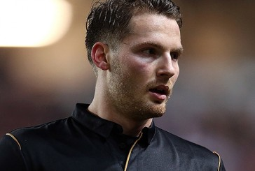 Manchester United confirm Nick Powell missed U21s game with calf strain