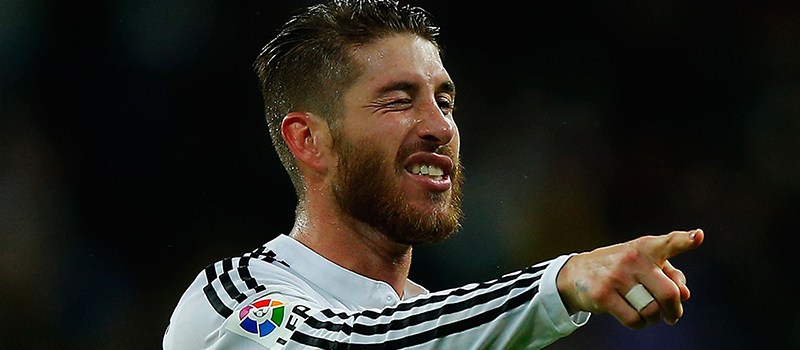 Manchester United not signing a centre-back unless Sergio Ramos joins – report
