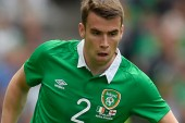 Man United offer Evans for Coleman