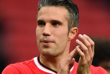 Robin van Persie dismisses speculation linking him with moves to Barcelona and Chelsea