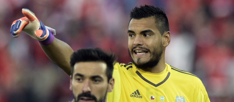 Manchester United offer contract to goalkeeper Sergio Romero