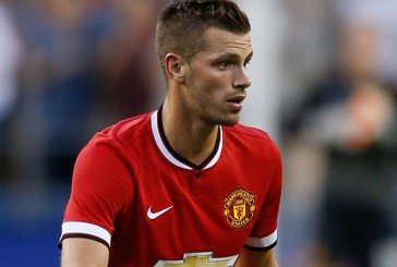 Manchester United fans delighted with new signing Morgan Schneiderlin after his debut