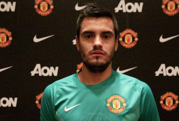 Sergio Romero unveiled as Manchester United's fifth summer signing
