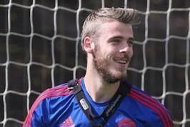 Madrid fans unhappy with De Gea deal