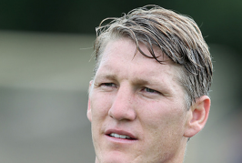 Schweinsteiger suffers adductor muscle injury with Germany
