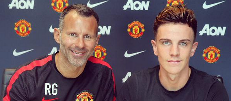 Josh Harrop signs new Manchester United contract