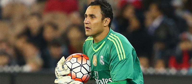 Real Madrid willing to offer Keylor Navas for Manchester United's David de Gea – report