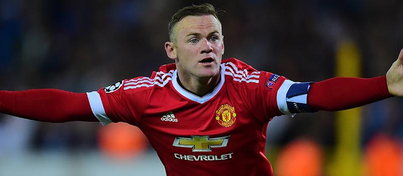 Former Manchester United midfielder David Beckham backs under fire Wayne Rooney to bounce back