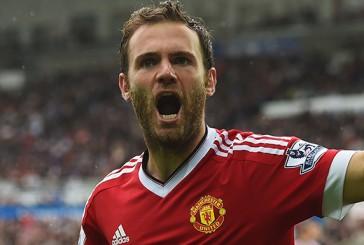 Manchester United announce full Premier League squad