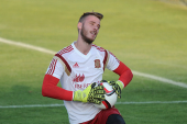 Photos: David de Gea trains with Spain