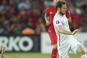 International round-up: Blind and Memphis suffer terrible defeat, Darmian keeps clean sheet