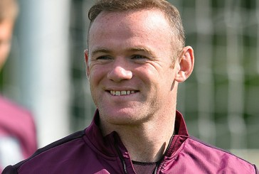 Manchester United's Wayne Rooney aiming for more than 50 England goals