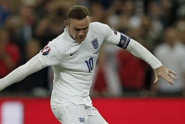 Louis van Gaal says Wayne Rooney is the best captain he's ever worked with