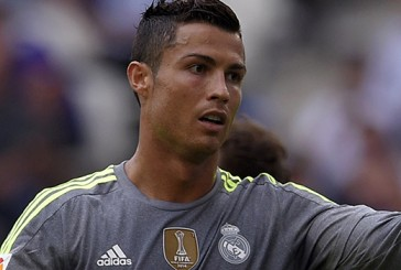 Louis van Gaal explains Cristiano Ronaldo and Arjen Robben rumours
