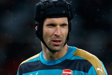 Petr Cech explains why he idolises former Manchester United keeper Edwin van der Sar