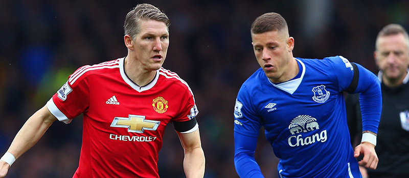 Bastian Schweinsteiger praises Manchester United teammates after victory against Everton