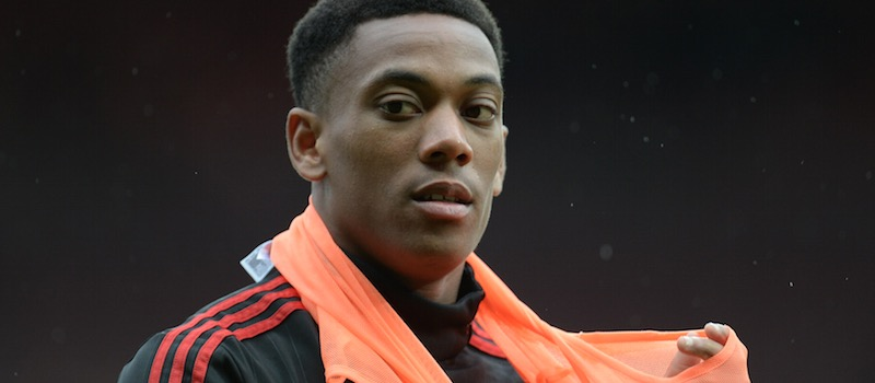 Lee Sharpe: Louis van Gaal must take 'shackles' off Anthony Martial at Manchester United