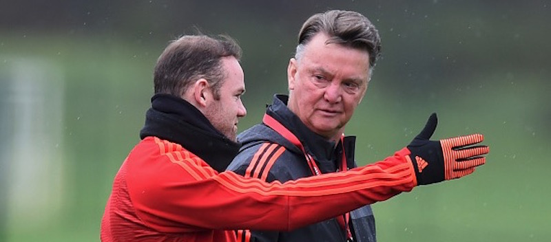 Wayne Rooney says criticism directed at Louis van Gaal is down to Manchester United players