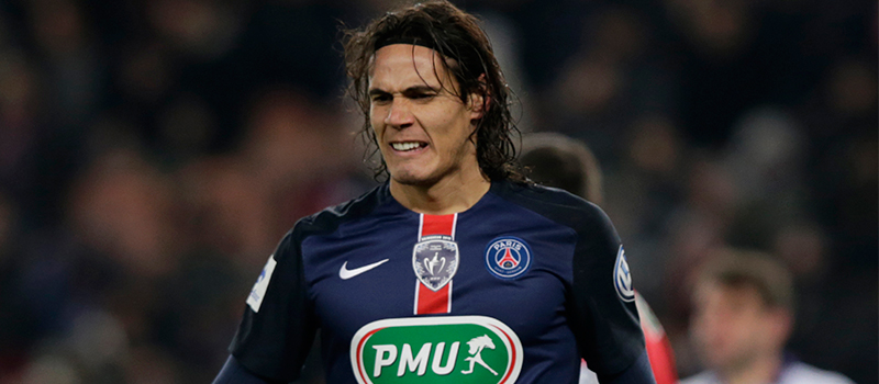 Manchester United consider bid for Paris Saint-Germain forward Edison Cavani – report