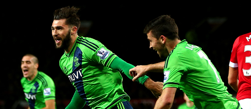 Manchester United 0-1 Southampton: Debutant Charlie Austin wins it for the Saints