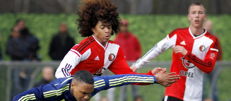 Manchester United confident of signing Feyenoord youngster Tahith Chong – report