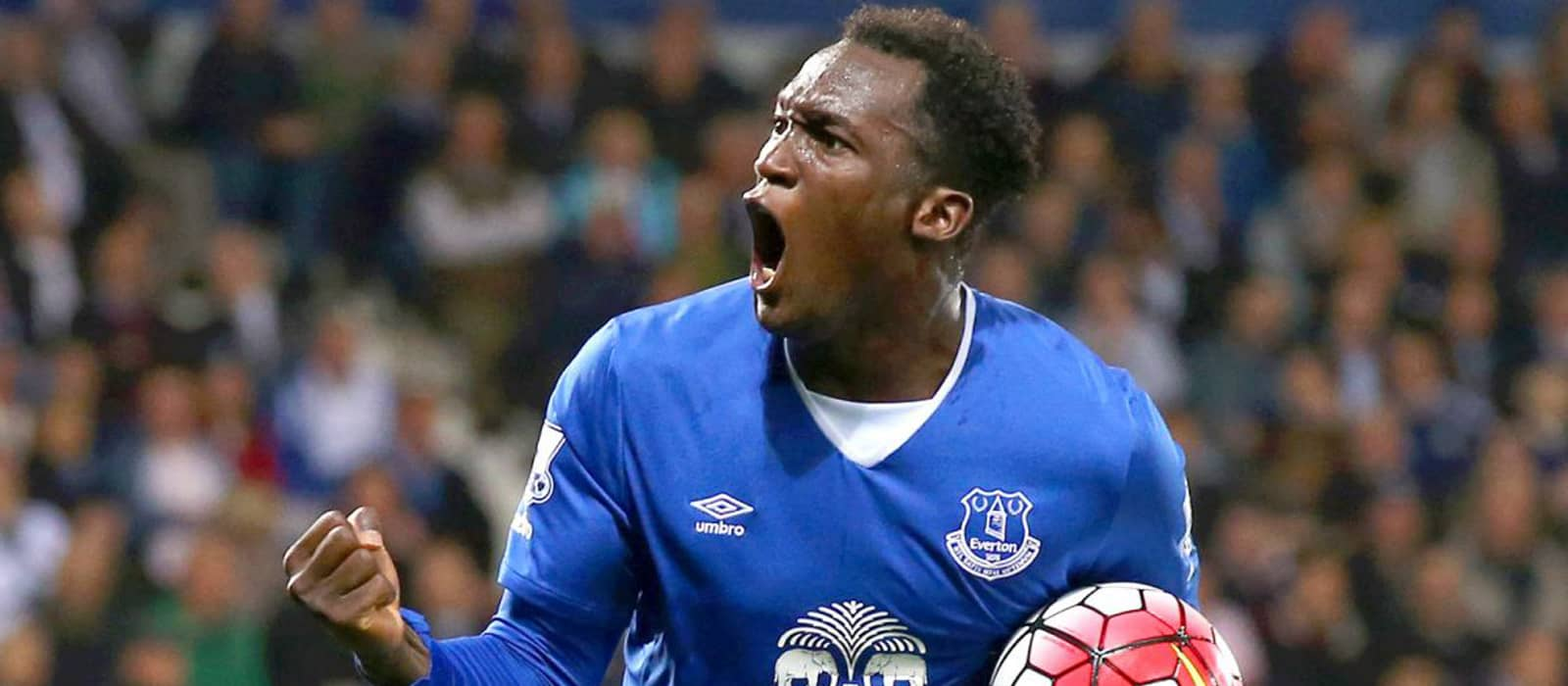 Dwight Yorke: Romelu Lukaku would be tremendous at Manchester United