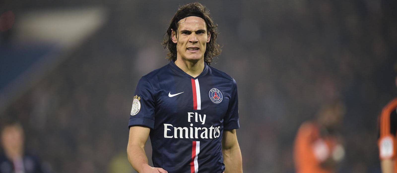Edinson Cavani injured ahead of clash with Manchester United: report