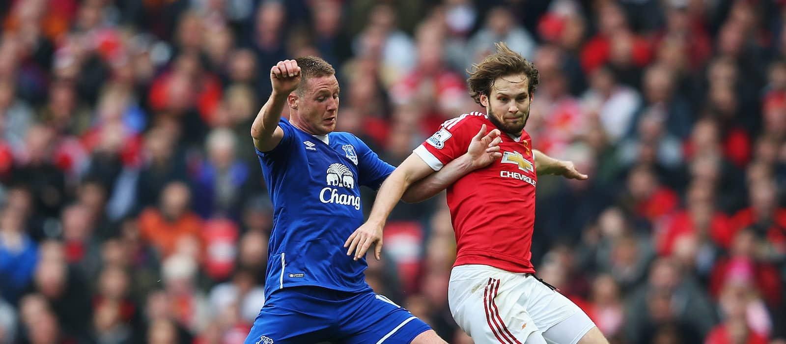 Manchester United fans delighted with Daley Blind