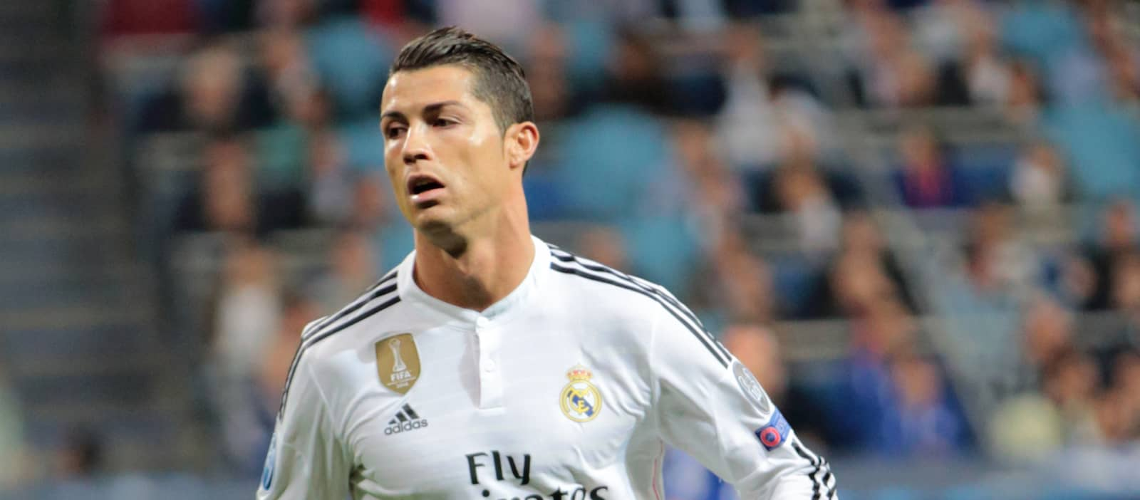 Cristiano Ronaldo's instructs Real Madrid to let him leave to Manchester United or PSG for €100m
