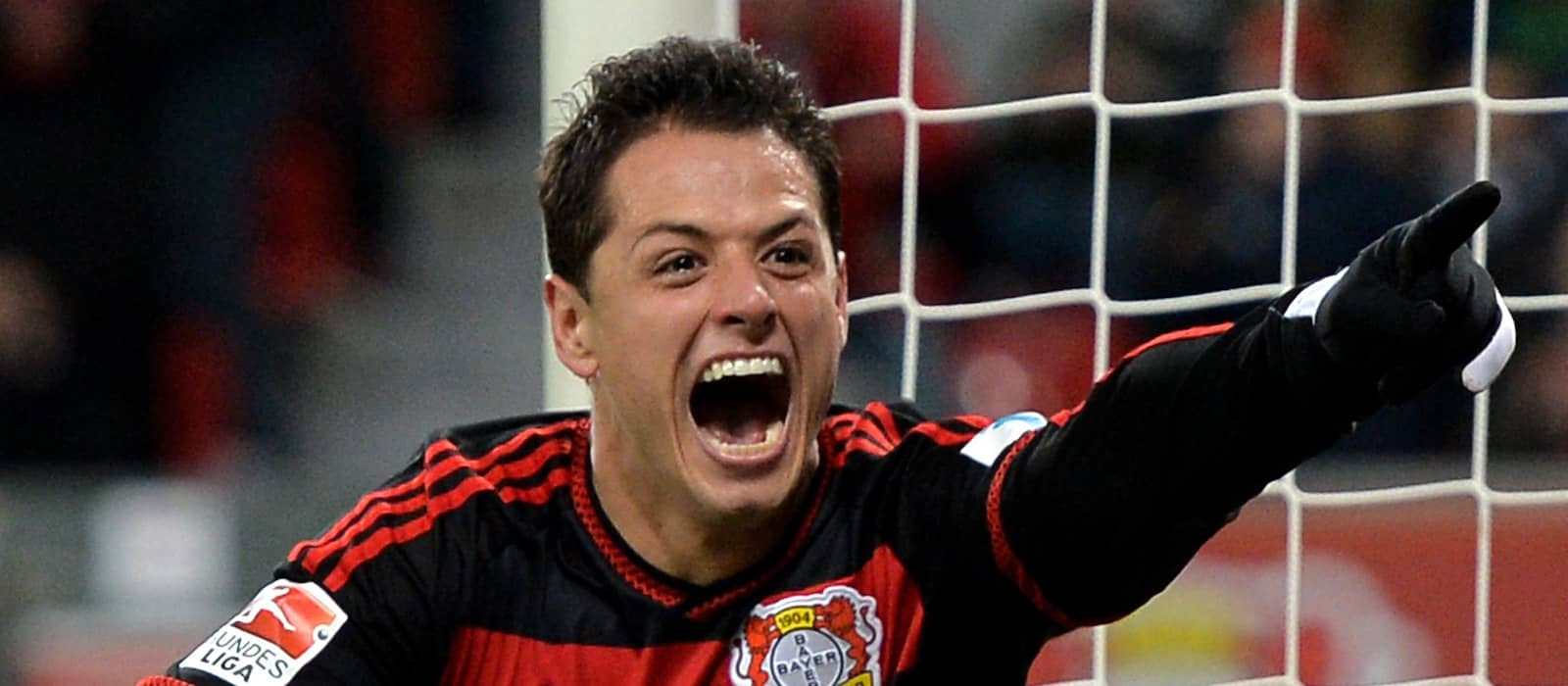 Javier Hernandez reacts to Jose Mourinho's Manchester United comments