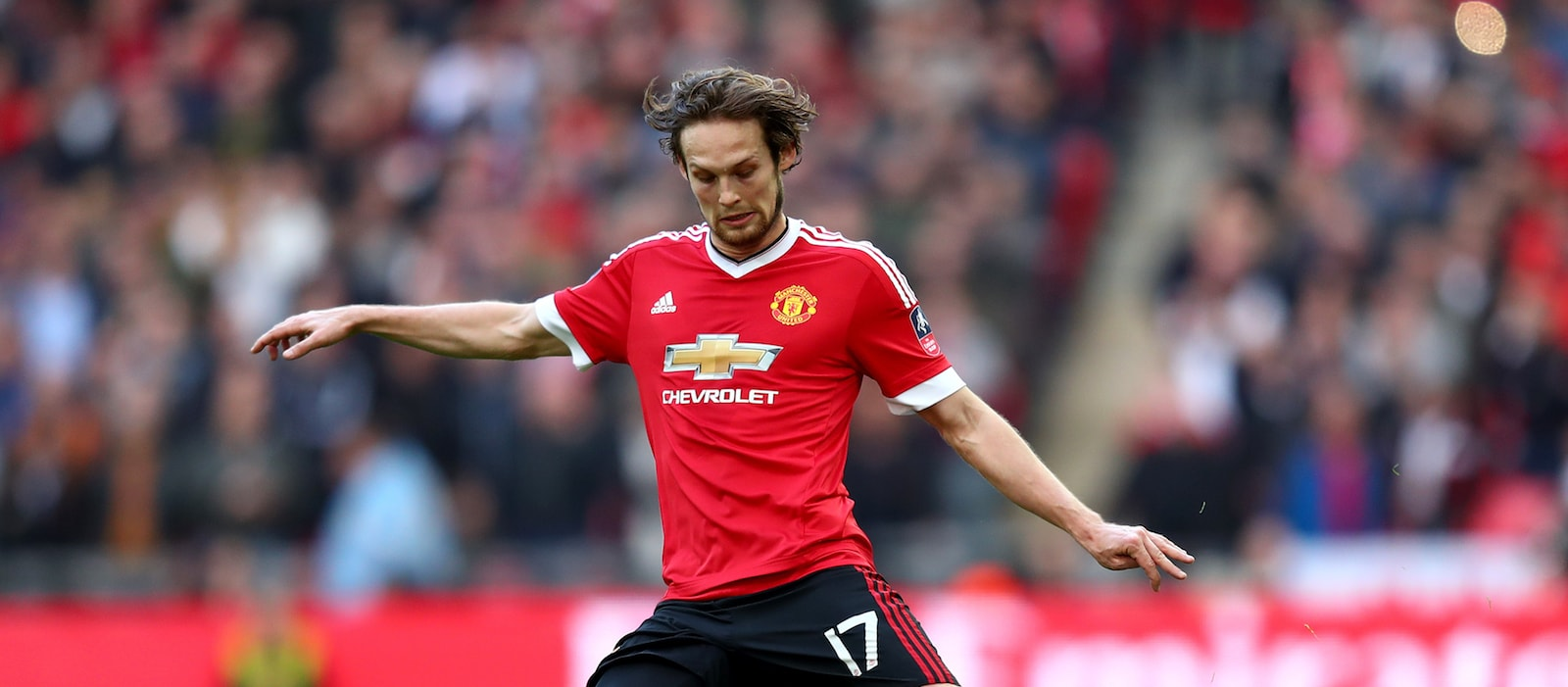 Man United fans fuming with Daley Blind's woeful defending against Chelsea