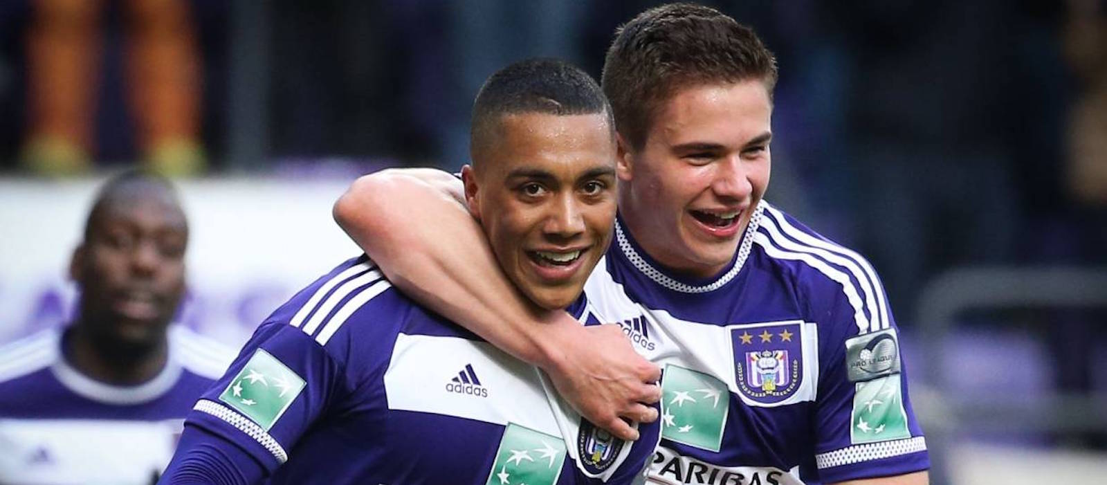 Leander Dendoncker makes it clear he wants to join Manchester United next summer