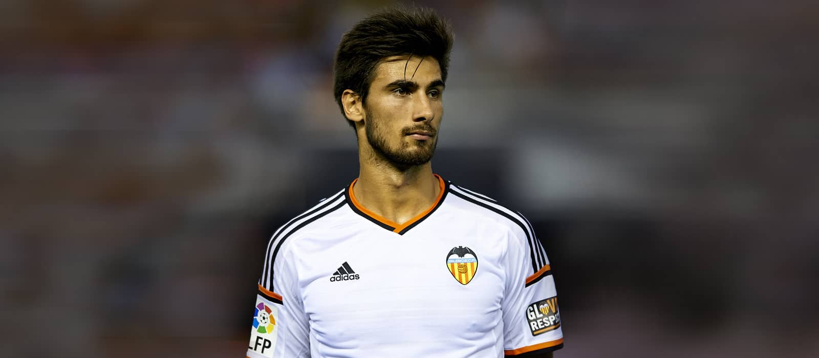 Manchester United target Barcelona's Andre Gomes – report