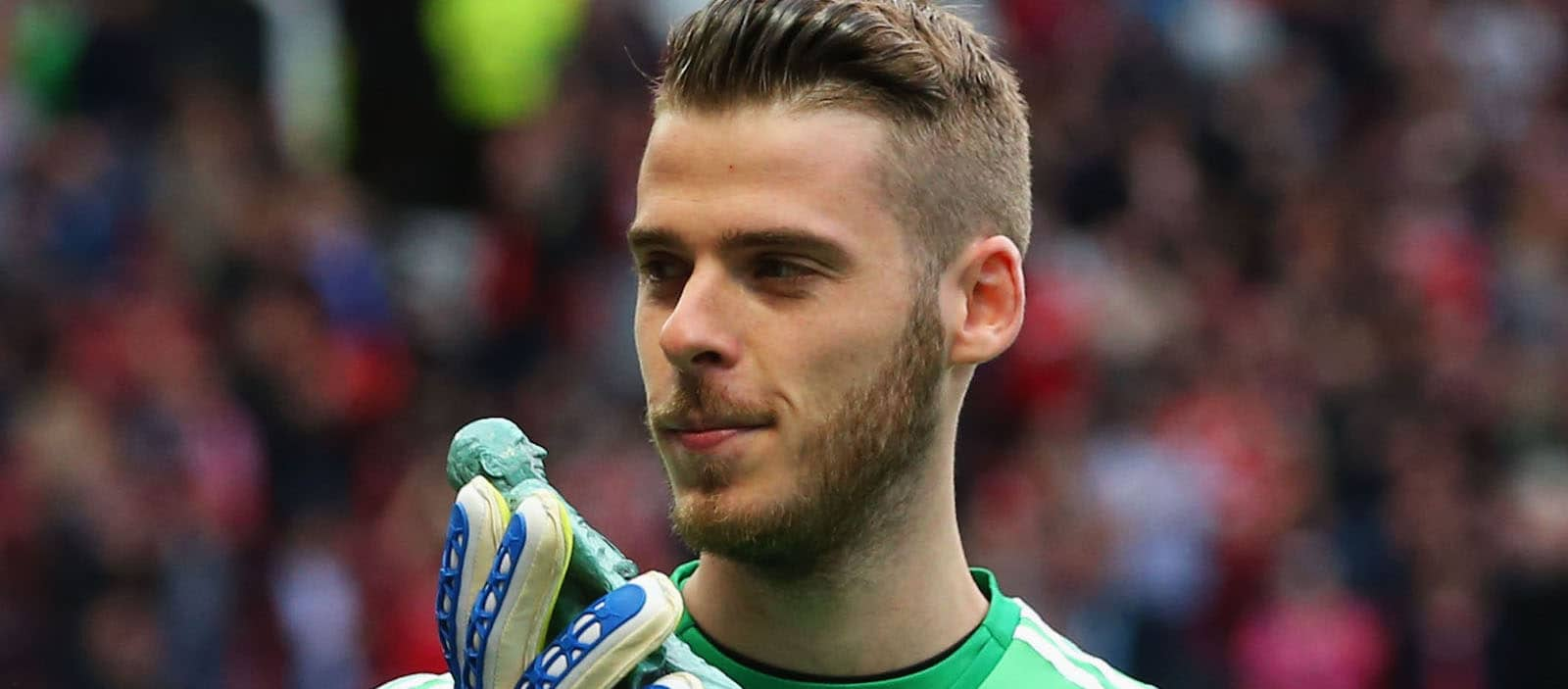 Louis van Gaal unhappy after David de Gea denied Golden Glove award