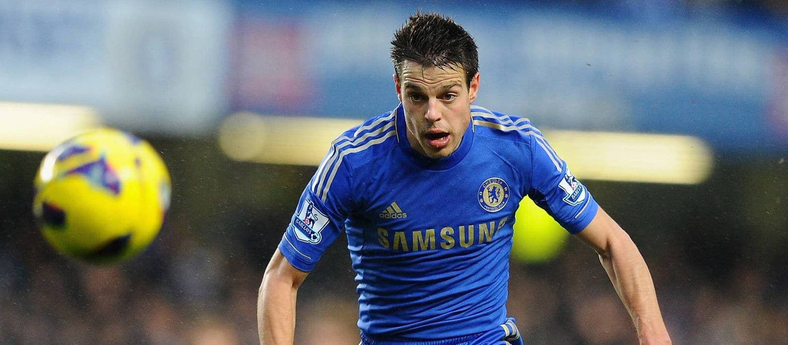 Manchester United manager Jose Mourinho interested in signing Chelsea full-back Cesar Azpilicueta – report