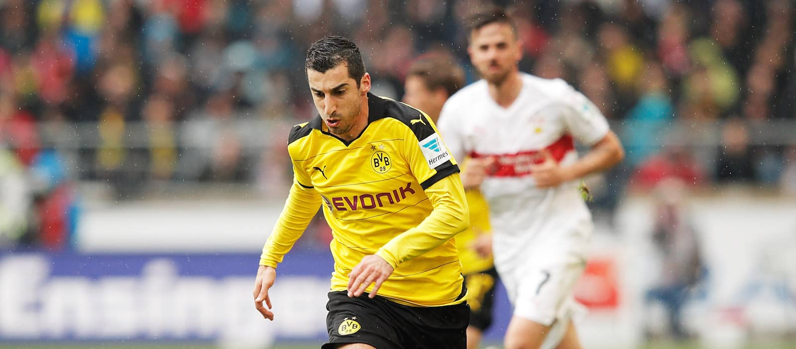 Mkhitaryan texts Dortmund manager Tuchel to say he's joining Man United