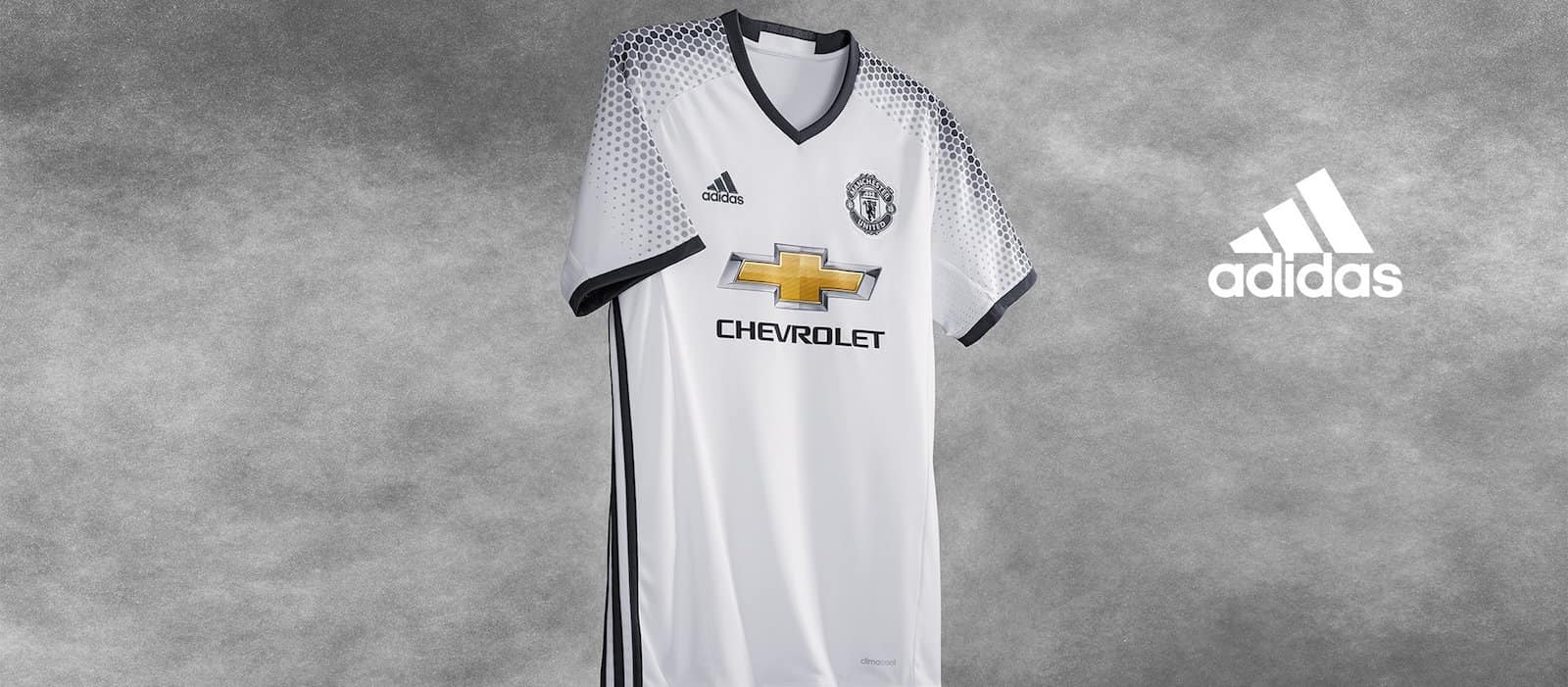 e97ceb44e Manchester United release new 2016 17 third kit