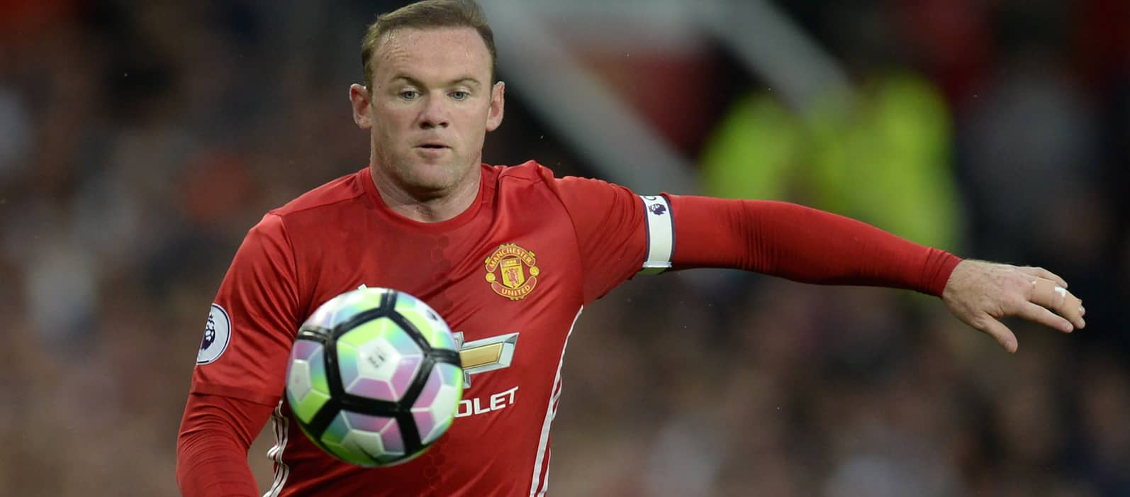 Bryan Robson: Manchester United fans will stick by Wayne ...