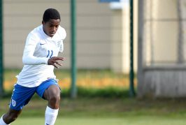 Manchester United target Ryan Sessegnon signs new contract with Fulham – report