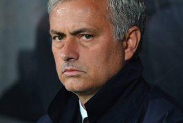 Jose Mourinho reveals Man United team talk against Hull City at half-time