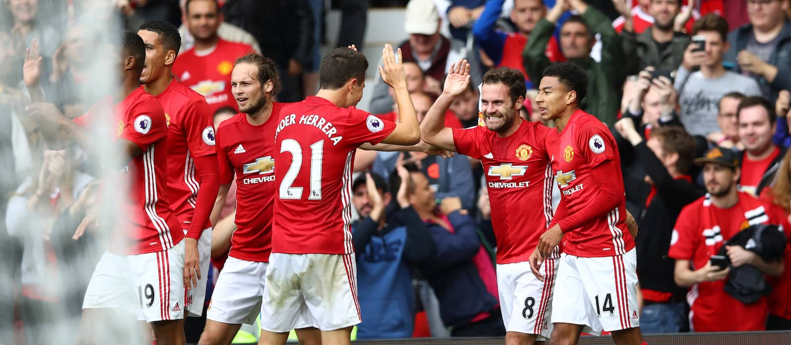 Manchester United set to hand one year extensions to Juan Mata, Daley Blind, Ashley Young and Ander Herrera – report