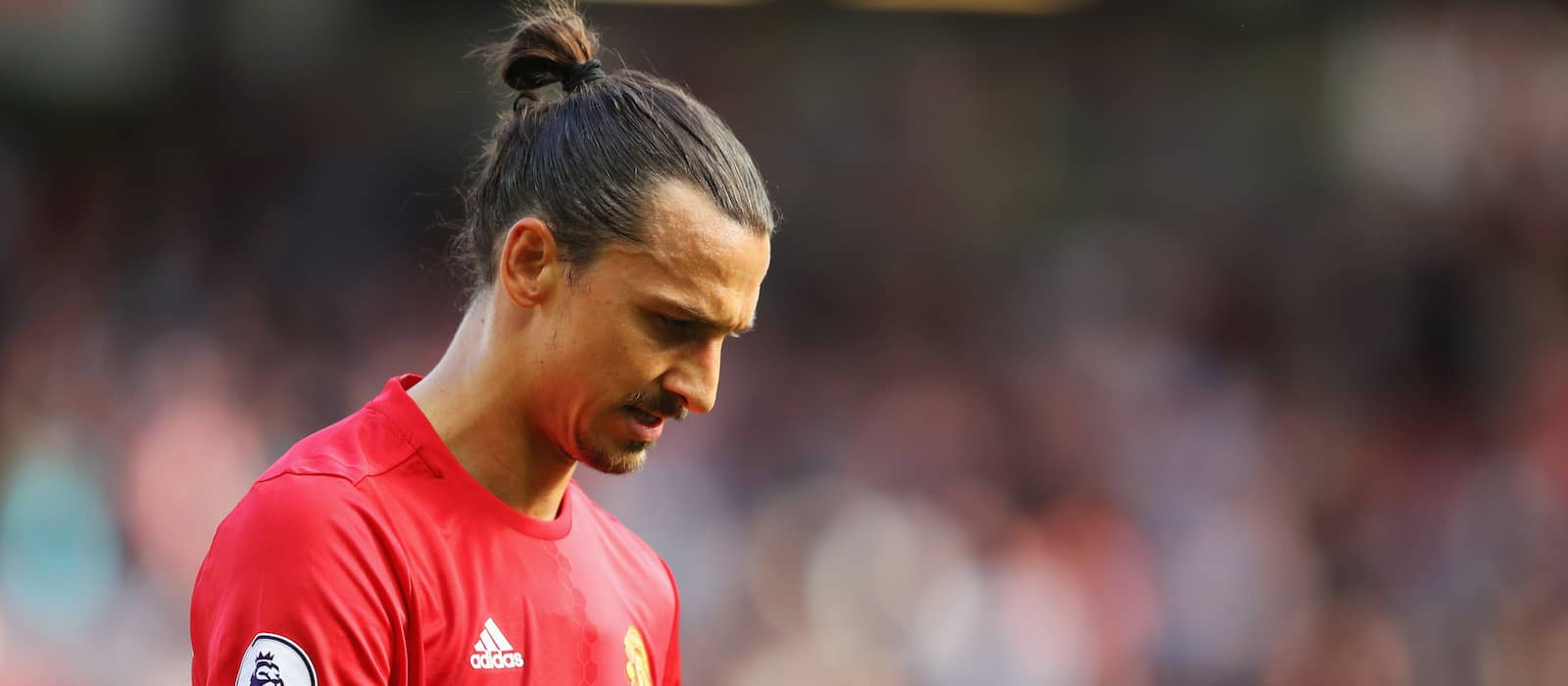 Ray Wilkins: Zlatan Ibrahimovic is suffering from a lack of confidence