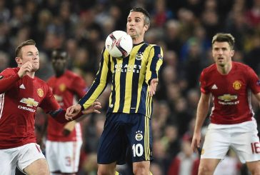 Photo gallery: Robin van Persie makes his Manchester United return