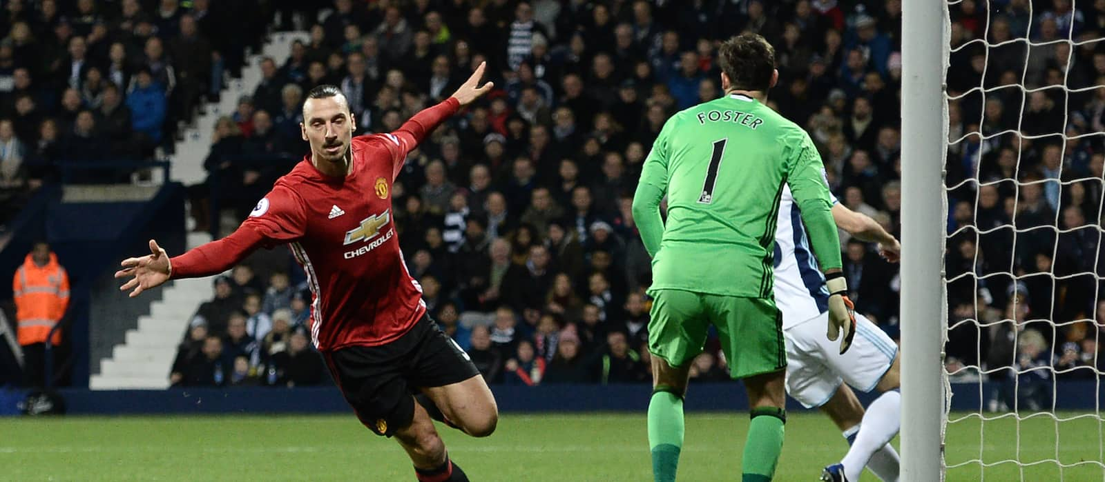 Ibrahimovic to hold talks with Manchester United over possible