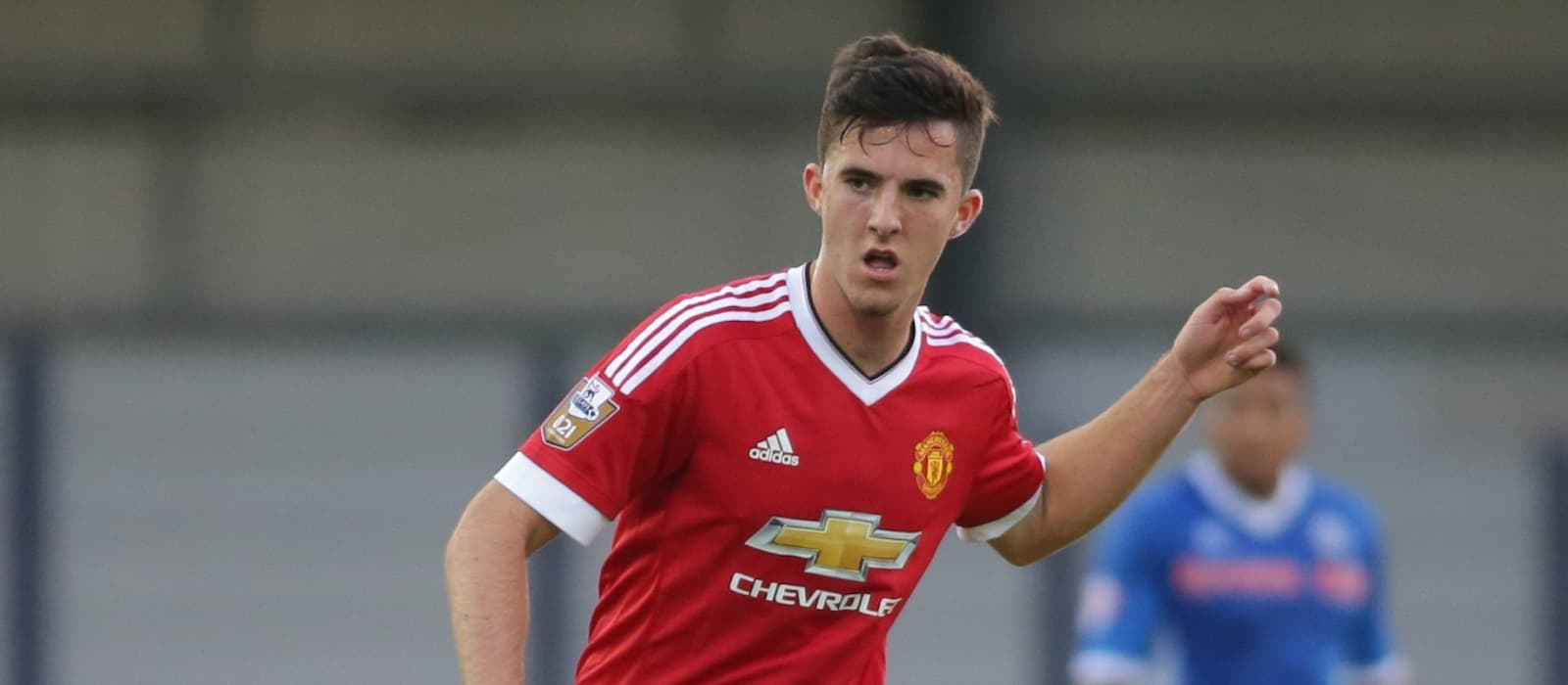 Manchester United's Sean Goss completes move to Queens Park Rangers