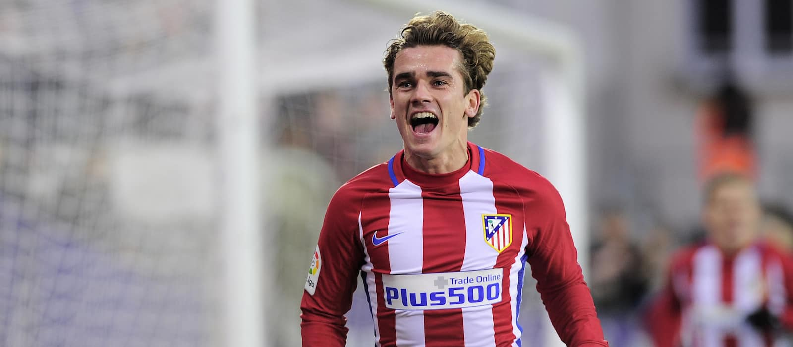 Manchester United on alert as Antoine Griezmann becomes available : report