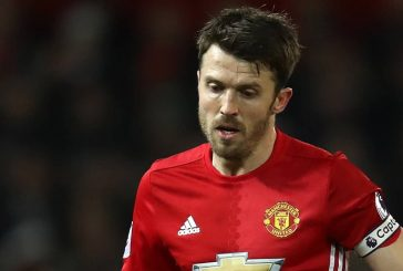 Michael Carrick pays tribute to Sir Alex Ferguson in farewell speech