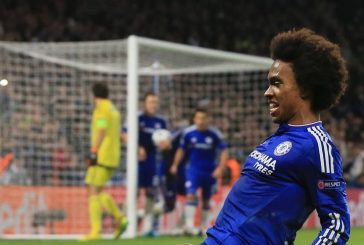 Manchester United move was never close, claims Chelsea forward Willian