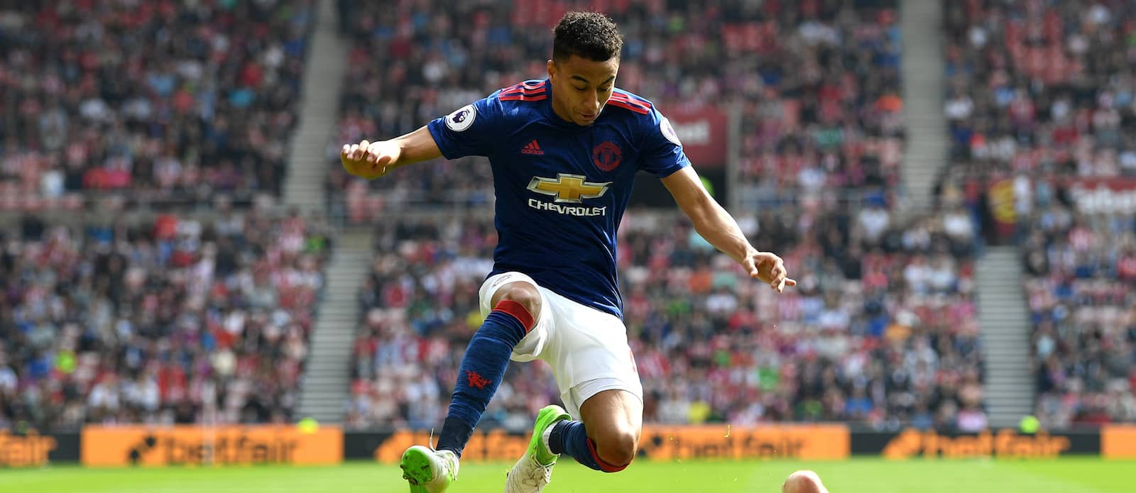 Jesse Lingard shows he's a class act with brilliant gesture towards Sunderland fan