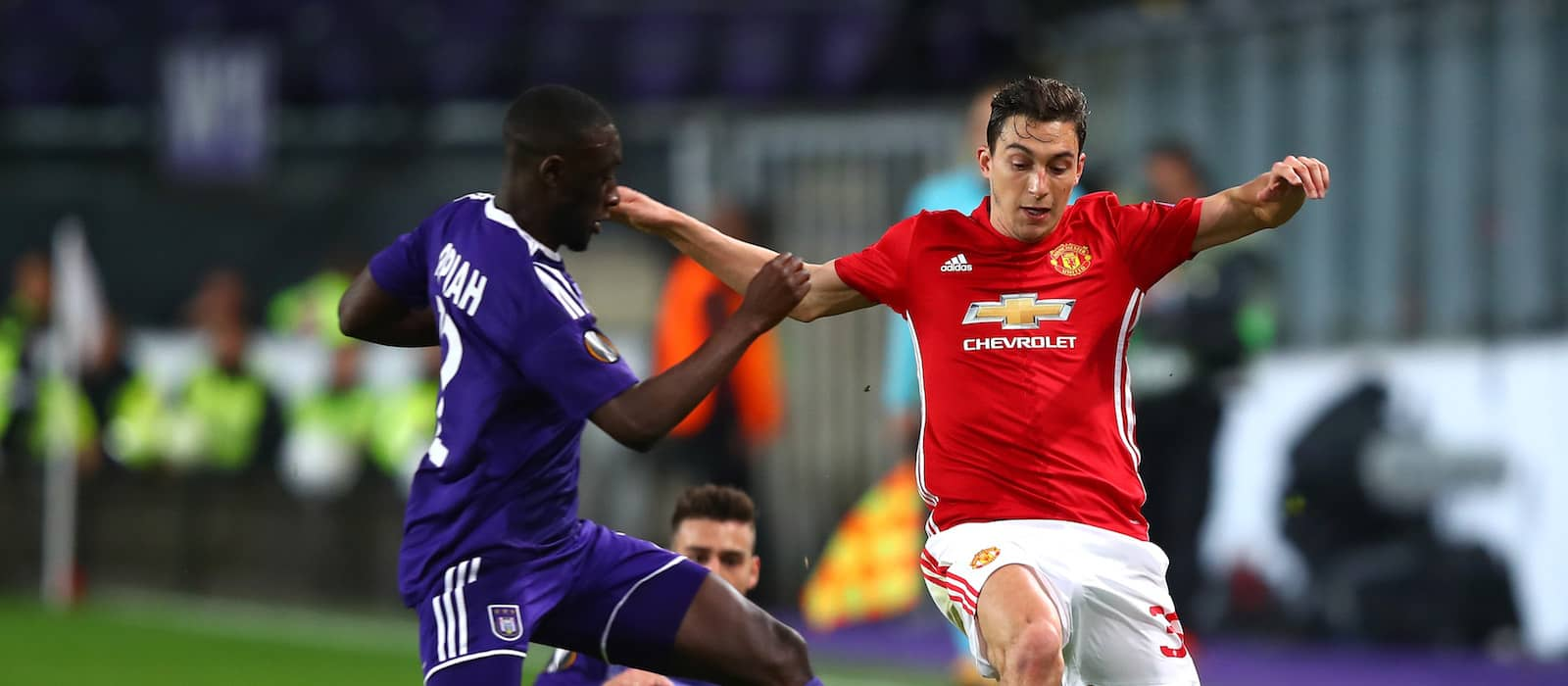 Why Manchester United should not sell Matteo Darmian